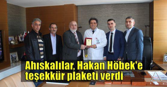 Ahıskalılar'dan, Hakan Höbek'e teşekkür plaketi