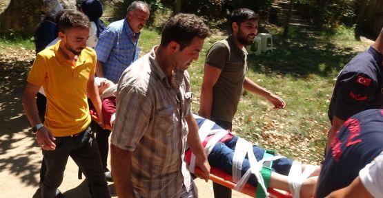 Ballıkayalar kanyonunun'daki kayalıklardan çocuk düştü