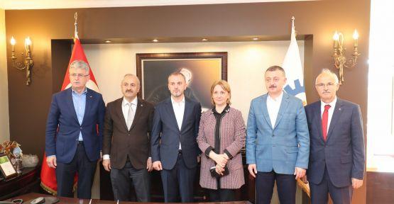 Büyükgöz, Genel Başkan Yardımcısı Erkan Kandemir'i ağırladı