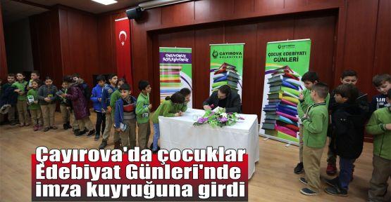 Çayırova'da çocuklar Edebiyat Günleri'nde imza kuyruğuna girdi