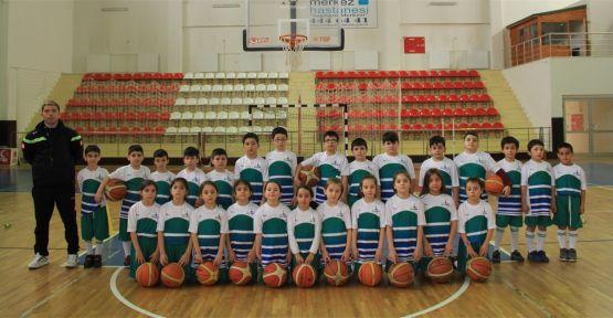 Çayırova'da spor okulları kayıtları devam ediyor