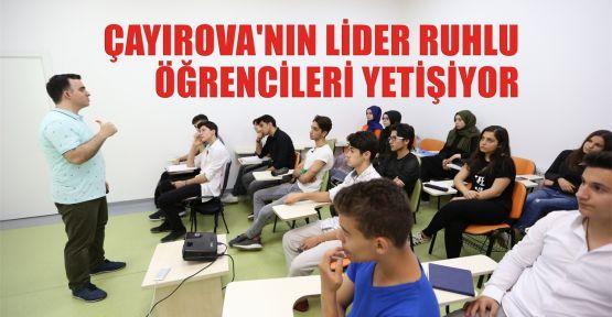 Çayırova'nın lider ruhlu öğrencileri yetişiyor