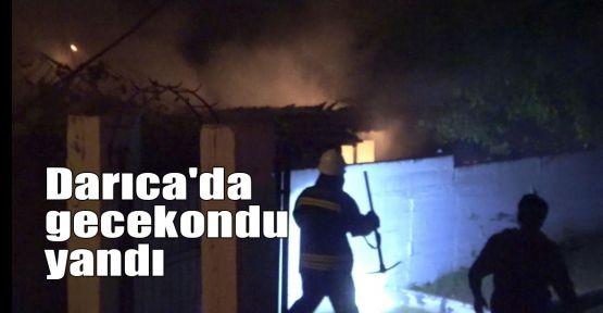 Darıca'da gecekondu yandı