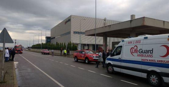 Dilovası'nda kimya fabrikasında çıkan yangında 3 kişi yaralandı