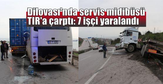 Dilovası'nda servis midibüsü TIR'a çarptı: 7 işçi yaralandı