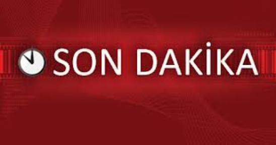 ELİNDE ÇİÇEKLE SEVGİLİSİNE EVLENME TEKLİFİ ETTİ. RET YEDİ!!!
