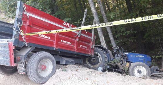 Freni boşalan traktör ağaçlara çarptı: 1 ölü