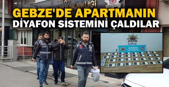 Gebze'de apartmanın bütün diyafon sistemini çaldılar