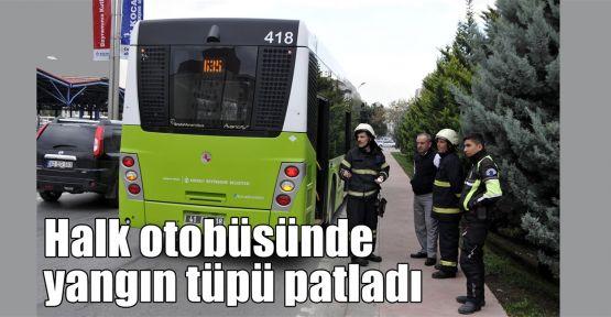 Halk otobüsünde yangın tüpü patladı