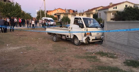 Kamyonet çocuklara çarptı: 1 ölü, 1 yaralı