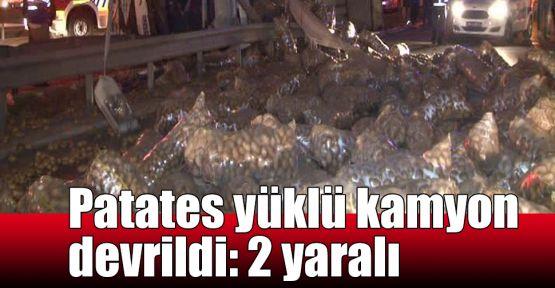 Patates yüklü kamyon devrildi: 2 yaralı