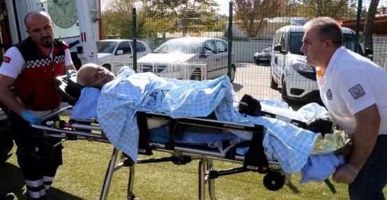 Pekmez kazanına düşen kişi yaralandı