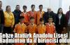 Gebze Atatürk Anadolu Lisesi Badminton da il birincisi oldu