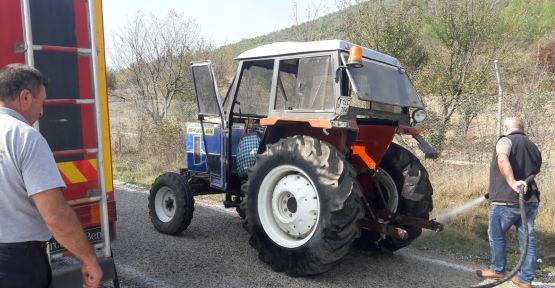 Traktör ile kamyonet çarpıştı: 1 ölü, 1 yaralı