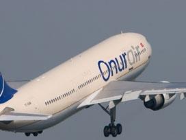 Uçuşa hazır uçakta kavga: 1 yaralı