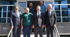 Vali Aksoy, Gebze'de Uzay Mutfak'ı ziyaret etti