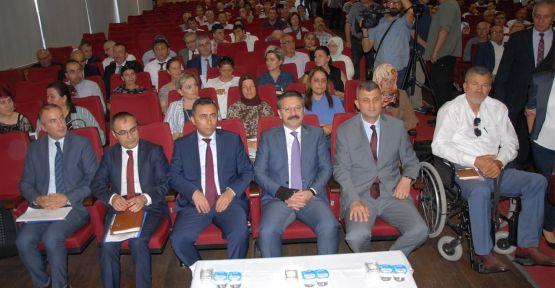 Vali Aksoy, muhtarlarla toplantı yaptı