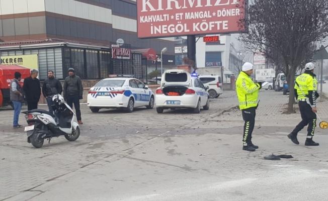 Kamyonla çarpışan elektrikli bisikletin sürücüsü öldü