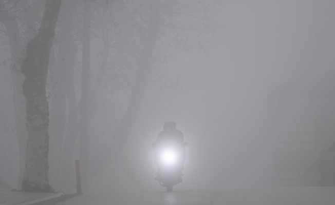 Edirne'de sis nedeniyle görüş mesafesi 30 metreye kadar düştü