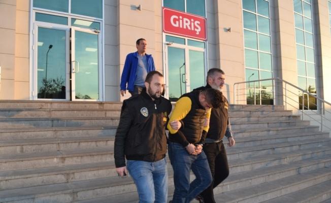 Eski Çevre Bakanı Aytekin'i dolandırdığı iddia edilen şüpheli tutuklandı