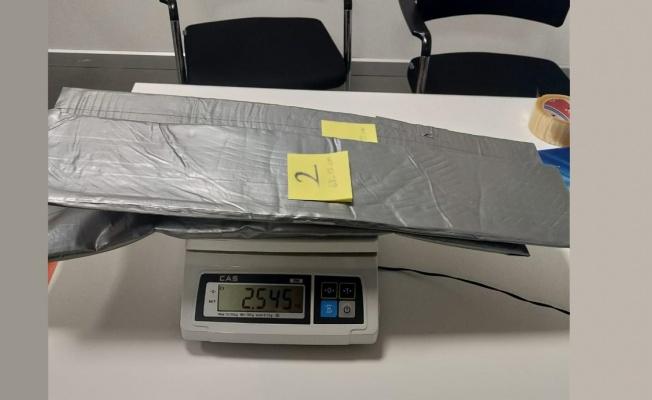 İstanbul Havalimanı'nda 4,6 kilogram kokain ele geçirildi