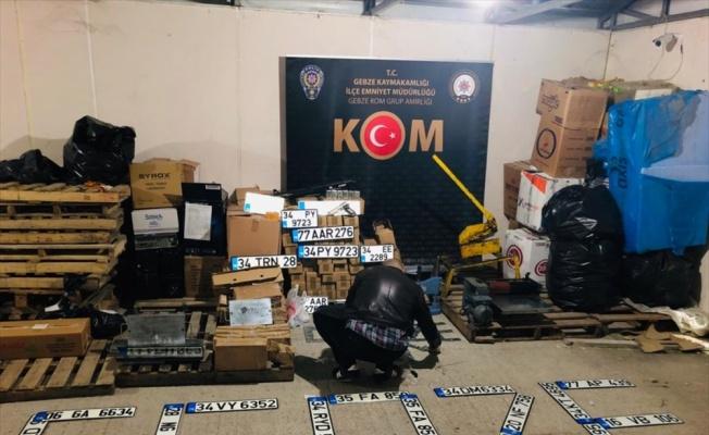 Gebze'de sahte plaka operasyonunda 4 şüpheli yakalandı