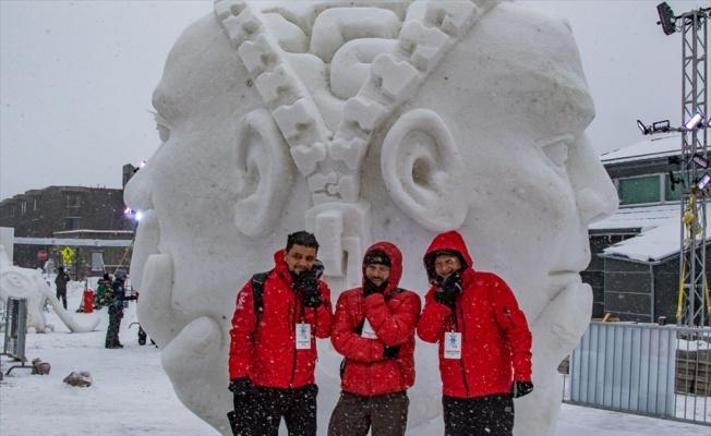 KOÜ'lü akademisyenler ABD'de Kar Heykel Çalıştayı