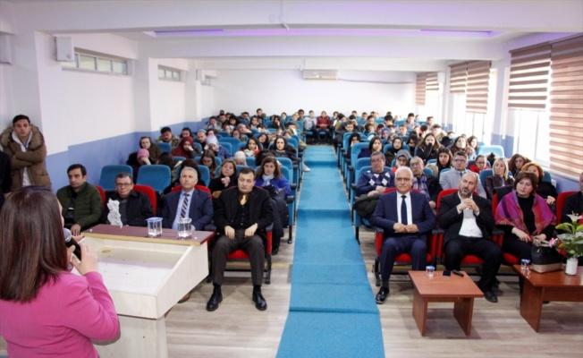 Pazaryeri İlçe Belediye Başkanı Zekiye Tekin, Kariyer Günleri'ne katıldı