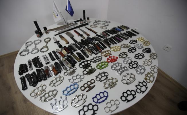 Kocaeli Otobüs Terminali'nde 2019 yılında 769 kesici delici alet, 51 silah ele geçirildi