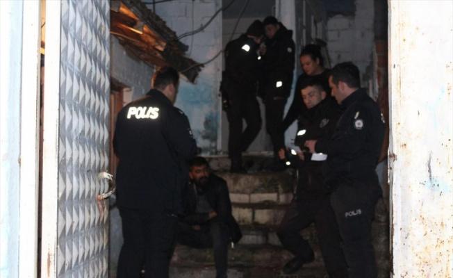 Edremit'te aranan 16 şüpheli yakalandı
