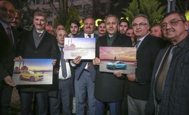 İstanbul Valisi Yerlikaya, taksicileri ziyaret etti