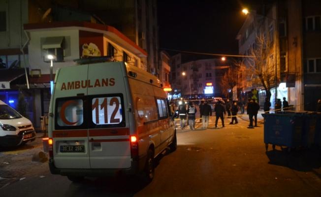 Lüleburgaz'da çıkan silahlı kavgada biri polis memuru 2 kişi yaralandı