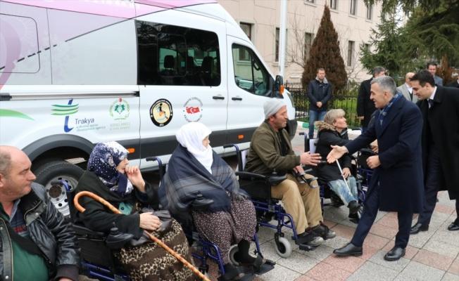 TürkAkım'dan engellilere tekerlekli sandalye