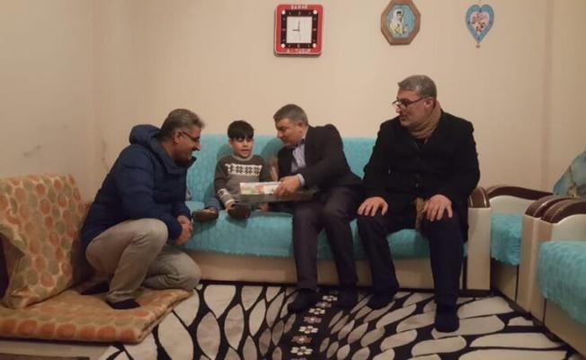 Başkan Şayir'den minik Yusuf'a sevindiren ziyaret