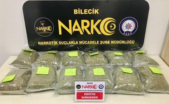 Bilecik'te otomobilde 6 kilo sentetik uyuşturucu ele geçirildi