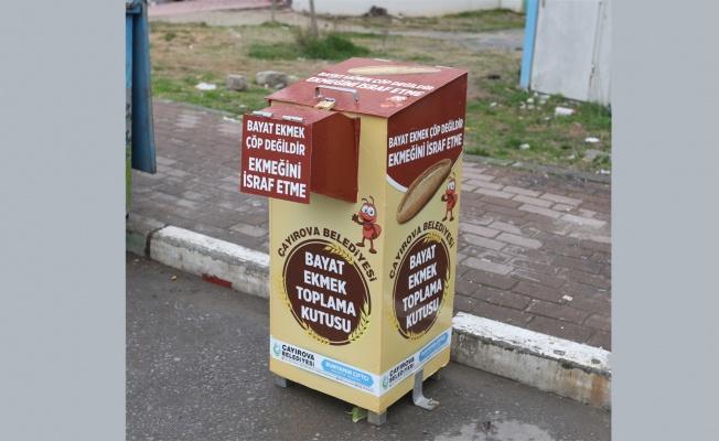 Çayırova'da israfa karşı bayat ekmek kutusu