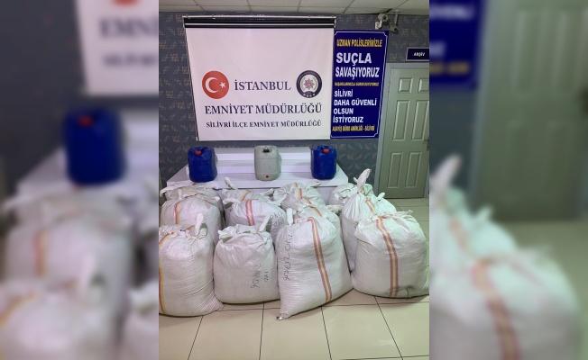 İstanbul'da 2 bin 700 kilogram kaçak tütün ele geçirildi