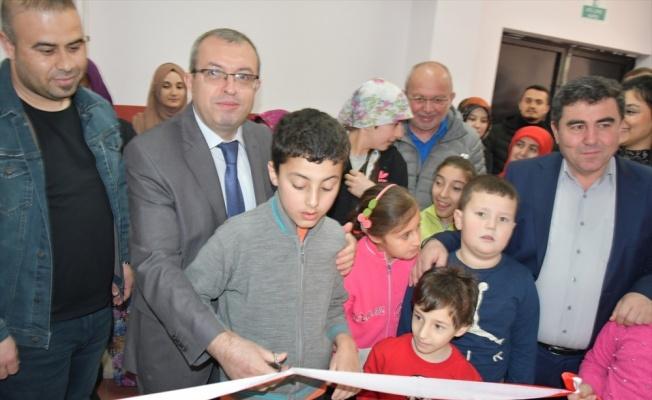 Sındırgı'da engelli öğrenciler için oyun salonu açıldı