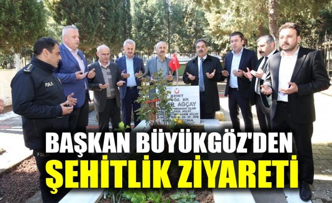 Başkan Büyükgöz'den Şehitlik ziyareti
