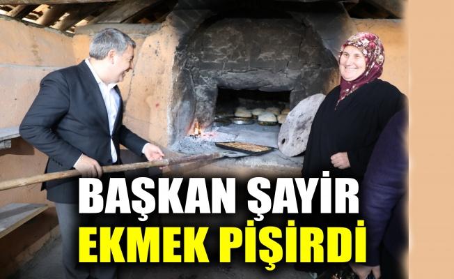Başkan Şayir, Köseler'de ekmek pişirdi