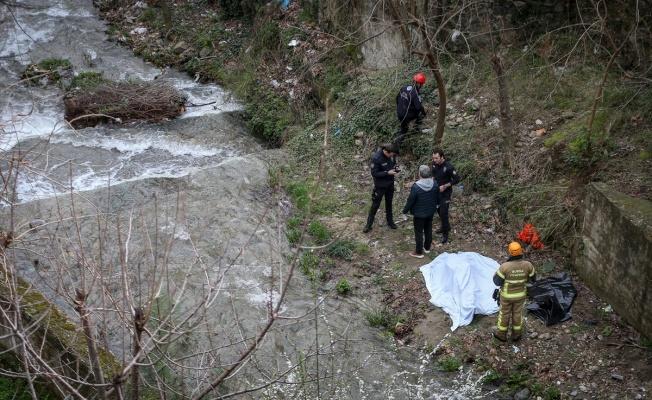Dere kenarında 25 yaşındaki gencin cesedi bulundu