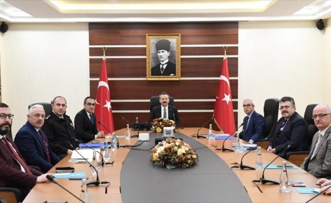 Kocaeli Valiliği'nde Kovid-19 tedbirleri toplantısı yapıldı