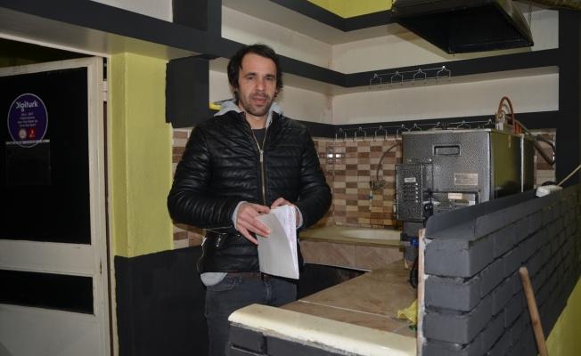 Kahvehane işletmecisi müşterilerinin 3 bin lira borcunu sildi