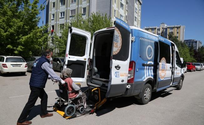 Büyükşehir, 65 yaş üstü engelli vatandaşlara nefes aldırdı