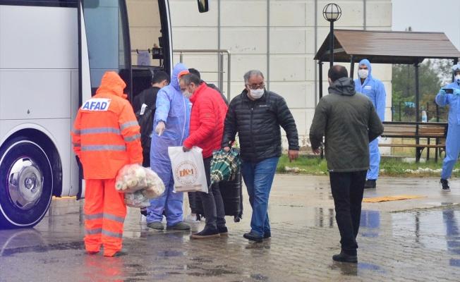 Gözetim süresi dolan 89 kişi evlerine gönderildi