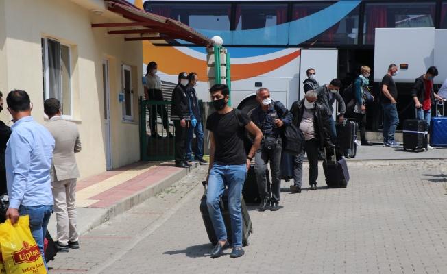 Özbekistan'dan getirilen 156 kişiyurda yerleştirildi