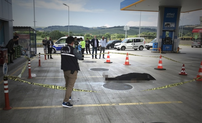 Direksiyon başında silahlı saldırıya uğrayan sürücü hayatını kaybetti