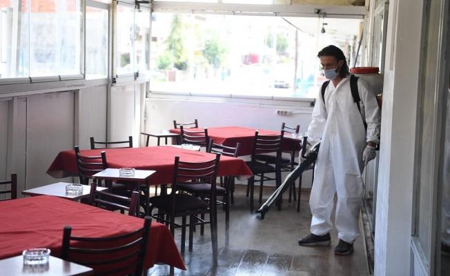 Kartepe'de kıraathaneler dezenfekte edildi