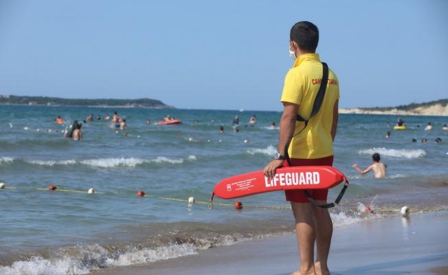 158 kişiyi boğulmaktan kurtardılar
