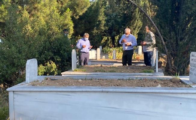 Başkan Şayir, bayram öncesi mezarlıkları denetledi